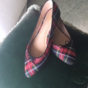 Old navy plaid flats NWOT size 10